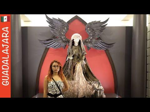 Exposición De Guillermo Del Toro En Casa Con Mis Monstruos