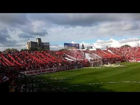 """""""Recibimiento de San Martin De Tucumán frente a Instituto De Cordoba 02/04/2017"""" Barra: La Banda del Camion • Club: San Martín de Tucumán"""