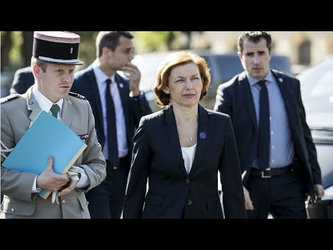 Two former French spies under formal investigation for treason