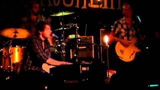 "Jon McLaughlin - ""Amelia's Missing"""