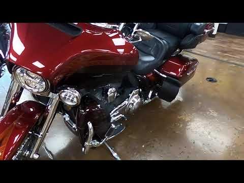 2014 Harley-Davidson CVO Electra Glide Ultra Limited