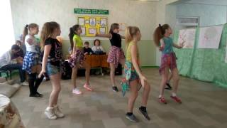 Танец для мальчишек 6-Б на 23 февраля.