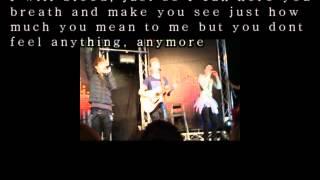 District 3 - Dead to me lyrics