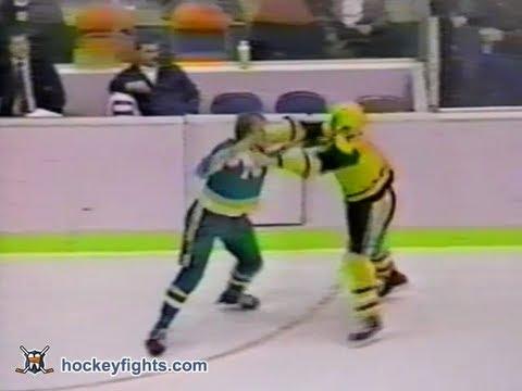 Marty McSorley vs. Willi Plett