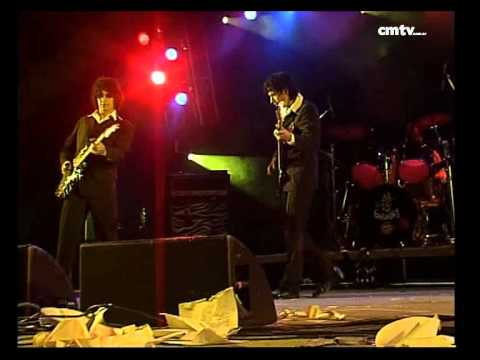 Los Gardelitos video Amando mi guitarra - Baradero Rock 2006