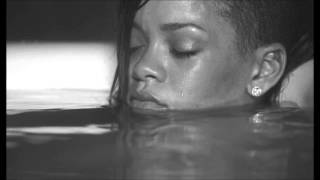 Rihanna - Diamonds (Acoustic Official Version)