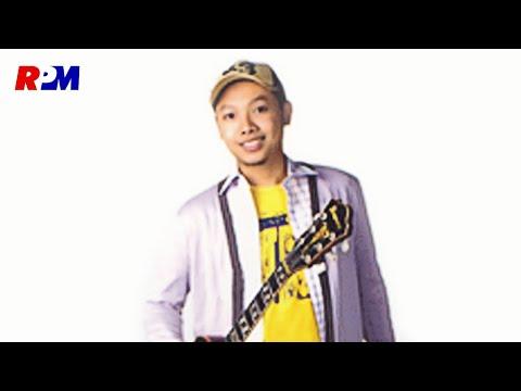 Ari Pramundito - Dicintai Tuk Disakiti (Official Music Video)