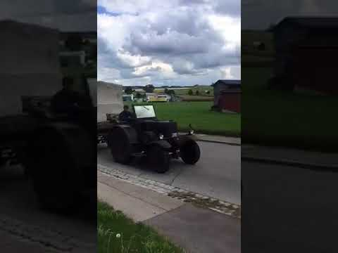 35er Eilbulldog Lanz Bulldog auf der Heimfahrt von Kirchhaslach