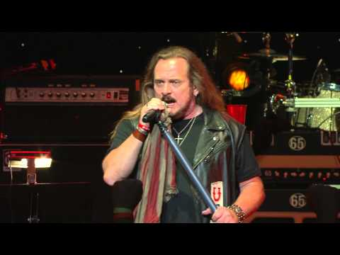 """Lynyrd Skynyrd """"Travelin' Man"""" (Live) from One More For The Fans"""
