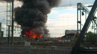 preview picture of video 'London FIRE WILLESDEN 24/04/2012 HD'