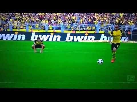 Alcacer's Free-Kick vs Augsburg 🔥😱👏