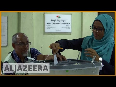 Maldives extends voting in high-stakes presidential election