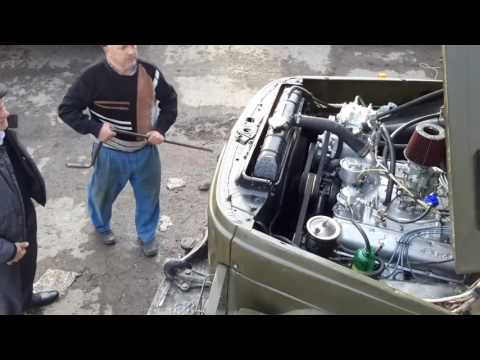 Die Maschinen auf dem Benzin und auf dem Pult die Verwaltung Videos