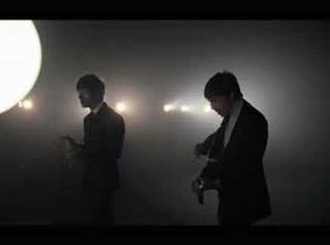 The Last Shadow Puppets - Standing Next to Me (Official Video)