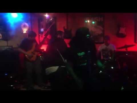 Suary - Last Chance ( Live @ Hop Shop 6-7-2013 )