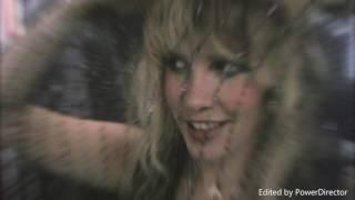 Gold Dust Woman - Fleetwood Mac