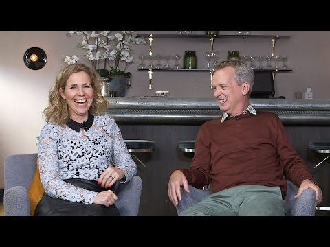 Veure vídeo BBC: Sally Phillips talks Peter Singer and Down's syndrome screening on Frank Skinner on Demand