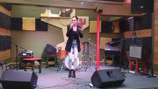 DaY – The Way / Radio Song (Dana Glover cover live)