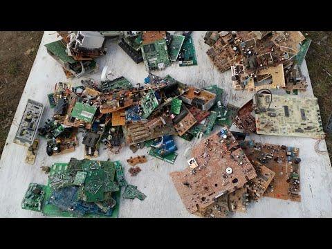 Находки на свалке,золото и серебро в импортых радиодеталях.