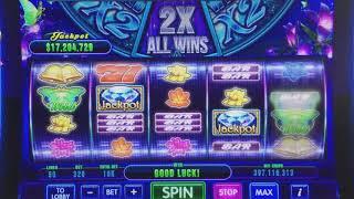 DoubleU Casino - Luminous Butterfly