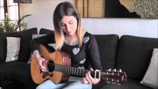 Девушка нереально красиво играет на гитаре!