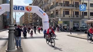 pedalando-per-la-citta-salerno-invasa-dalle-bici