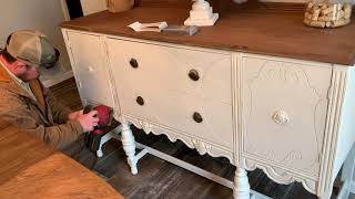Chalk Paint With Me! {Homemade Chalk Paint Recipe}