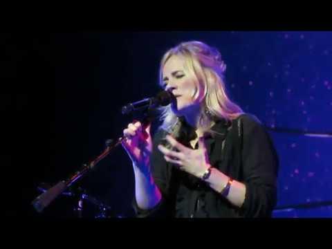 Ilse DeLange - I Still Cry (Carré, Amsterdam   23-6-2018)