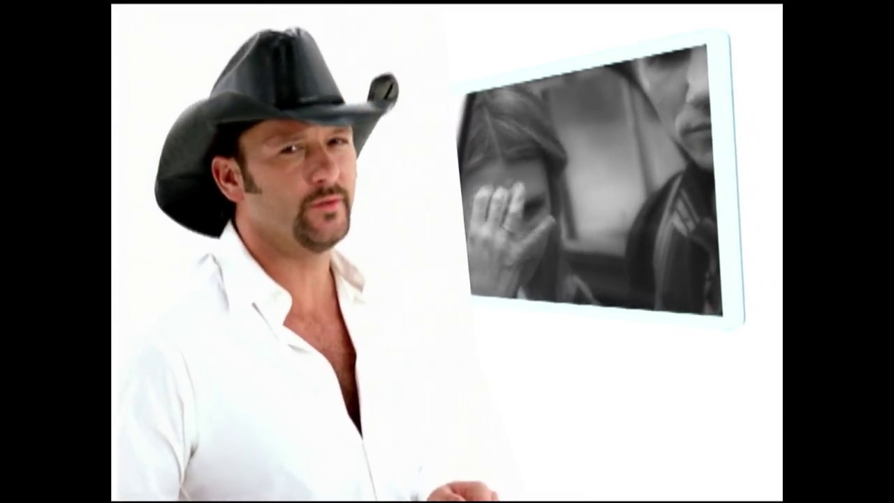 Tim McGraw Serenades a Cancer Patient 1
