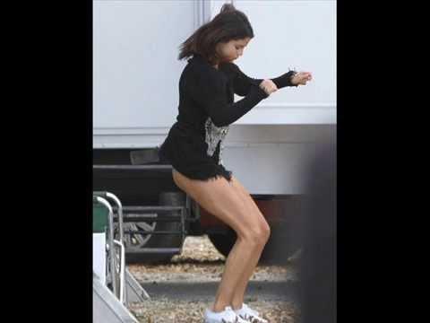 download lagu mp3 mp4 Selena Gomez Culo, download lagu Selena Gomez Culo gratis, unduh video klip Selena Gomez Culo