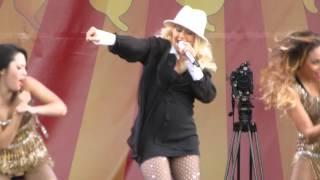 Christina Aguilera Up Close Makes Me Wanna Pray Jazz Fest 2014