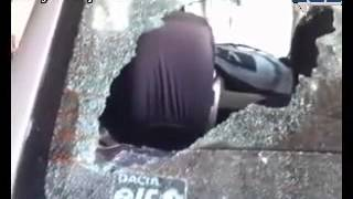 preview picture of video 'تكسير السيارات  بالسيوف بمدينة سيدي يحيى الغرب'
