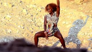 Aqui Ta Quente Brevemente Padux Ft Negrinho Pai Video De Kuduro 2013