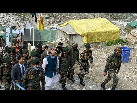 Rajnath Singh visits Amarnath shrine with CDS Bipin Rawat & Army Chief General M.M Naravane