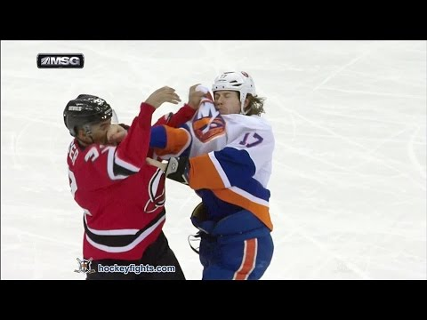 Mark Fraser vs. Matt Martin