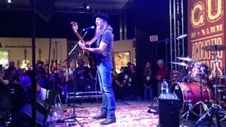 Pat Simmons (Doobie Brothers) -   south city midnight lady filmed by Brandin guitars