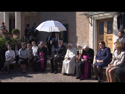 Thế Giới Nhìn Từ Vatican 13-19/04/2017: Đức Bênêđíctô thứ 16 - Những hình ảnh mới nhất