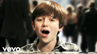 Greyson Chance - Waiting Outside The Lines