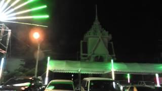 preview picture of video 'Loi Krathong, Wat Tua Tong, Pathum Thani, Bangkok'