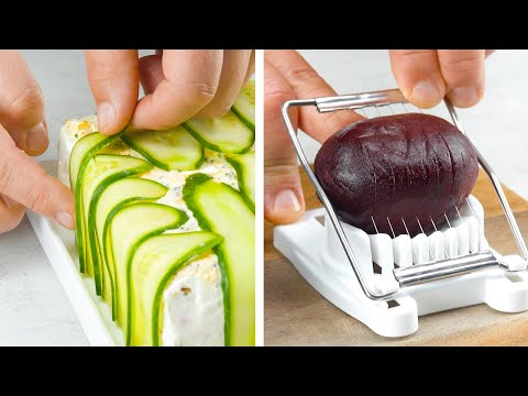 "Toast 12 Slices Of Bread In The Oven & ""Disguise"" Them With 2 Cucumbers – Yummy!"