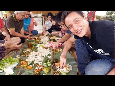 Video The Ultimate Indonesian Food Day Trip - HUGE Nasi Liwet Feast!