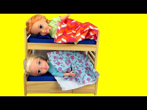 Toddler Elsa CAN'T Sleep ! Elsa and Anna toddlers - bedtime - night time