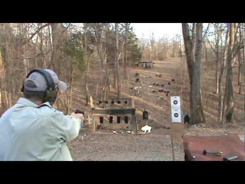 Beretta 92FS vs Glock
