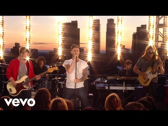 Maroon 5 - Makes Me Wonder (VEVO Summer Sets)