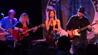 10,000 Maniacs @ Buffalo Iron Works |  Just Like Heaven