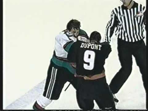 Brodie Dupont vs. Luke Schenn