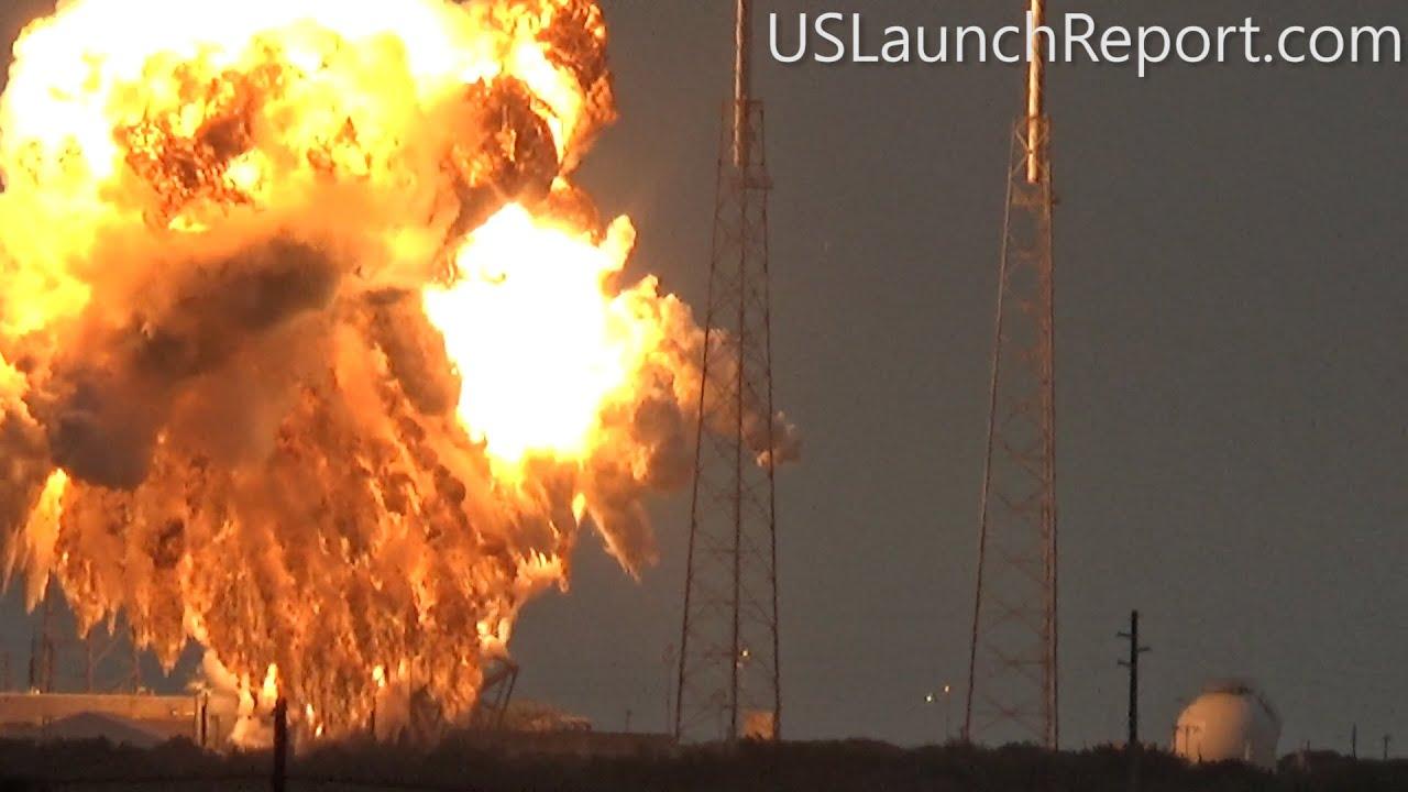 На мысе Канаверал взорвалась ракета-носитель Falcon 9