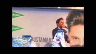 preview picture of video 'Firma de discos de David Bustamante en Vigo'