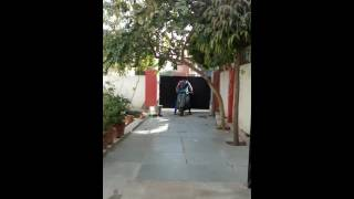 Jaipur Woman Riding Scooter (1 02 MB) 320 Kbps ~ Free Mp3