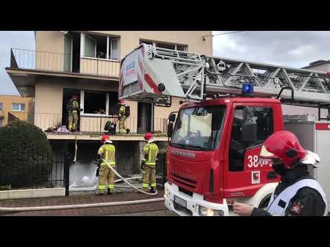 Wideo1: Pożar domu na ul. Szymanowskiego w Lesznie